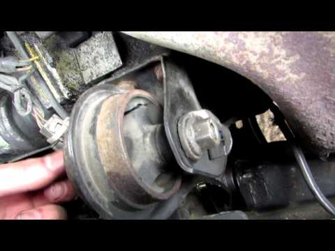 How to Replace the Front Motor Mount on a Honda Accord