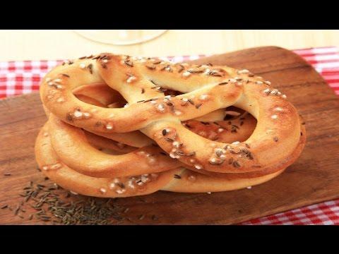 Easy soft pretzel recipe