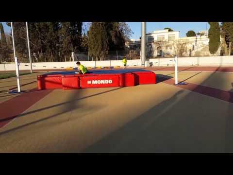2+3 steps in high jump
