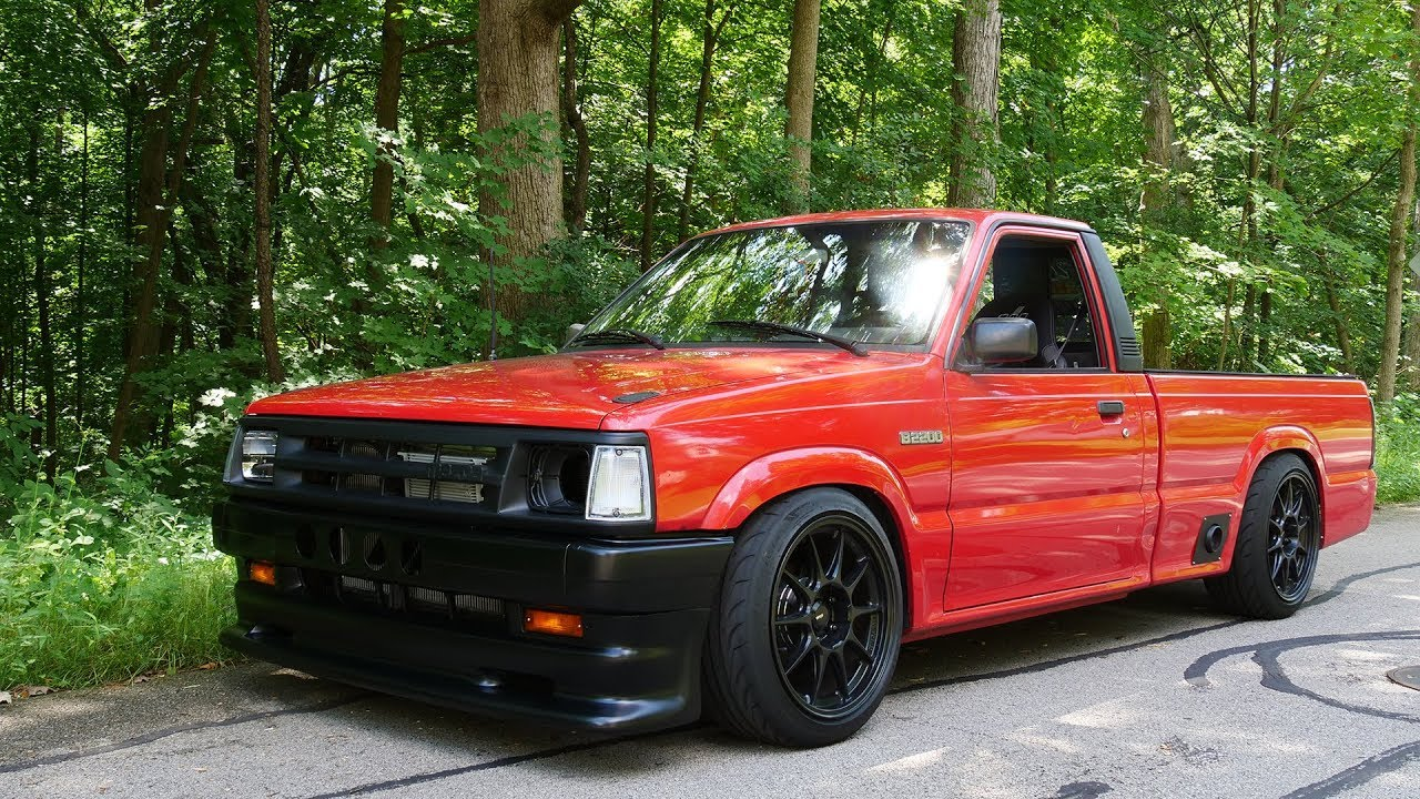 Building THE ULTIMATE V8 DRIFT TRUCK in 10 MINUTES!