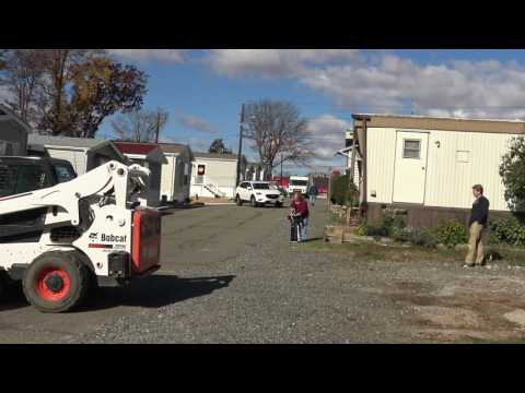 2 Bedroom Manufactured Home expertly placed on Lot E-14 in Edison Mobile Estates