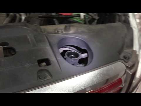 2009 Honda CR-V how to replace antifreeze coolant. Cooling system tips.