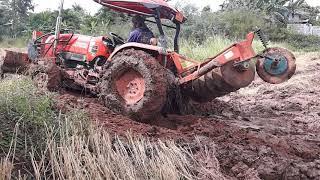 รีวิว โหด มันส์ ฮา ใจถึง kubota l4708SP แรงสุดๆ ไม่ยอมติดหล่ม ช่วยรถเกี่ยว tractor EP.2996