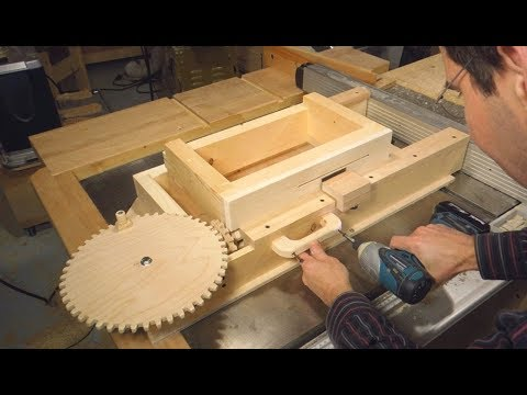 Building the screw advance box joint jig