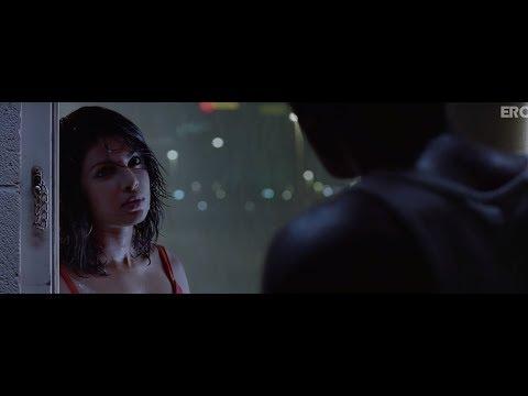 Xxx Mp4 Ranbir And Priyanka Movie Scene Anjaana Anjaani 3gp Sex