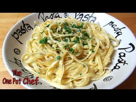Easy Pasta Alfredo | One Pot Chef