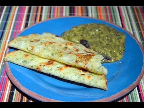 Spicy Rice Flour Roti (Thalipeeth my home style)