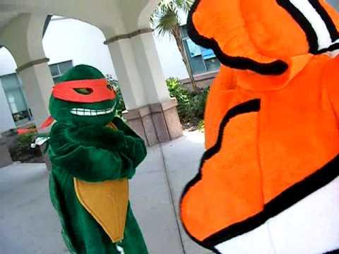 Nemo and Teenage Mutant Ninja Turtle dance to end human trafficking.