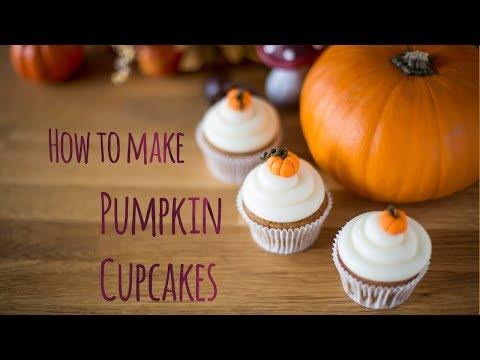 How to make pumpkin cupcakes - by Minh Cakes