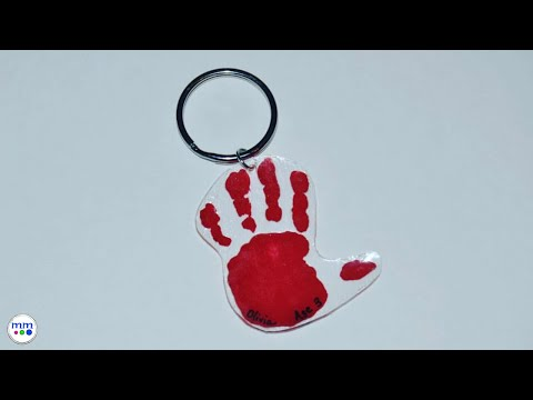 Toddler Tuesday l Keychain Handprint