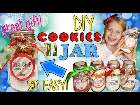 DIY Cookies in a Mason Jar || SUPER EASY Gift Idea