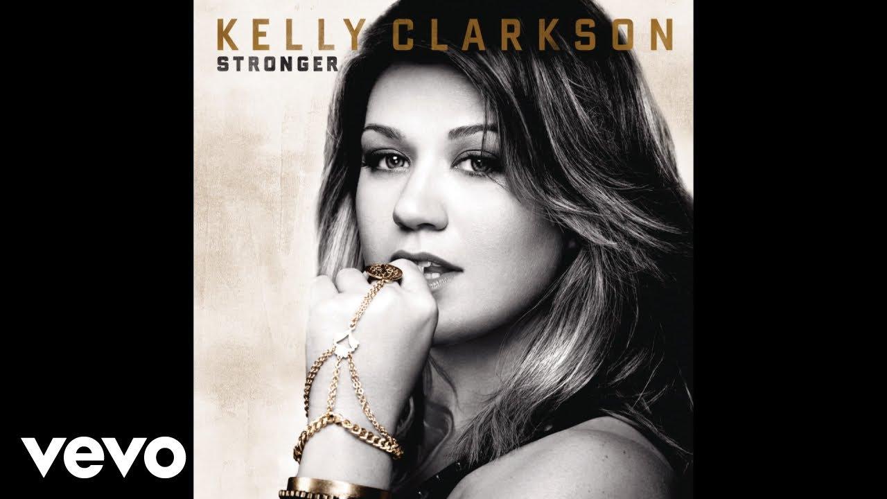 Kelly Clarkon - You Love Me