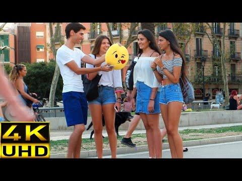Prank! Kissing girls with Emoji (ORIGINAL)
