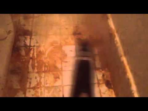 Cleaning Very Dirty Bathroom Tile with Handheld Steam Cleaner