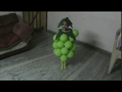 Pankti - Fancy dress competition winner - Grapes