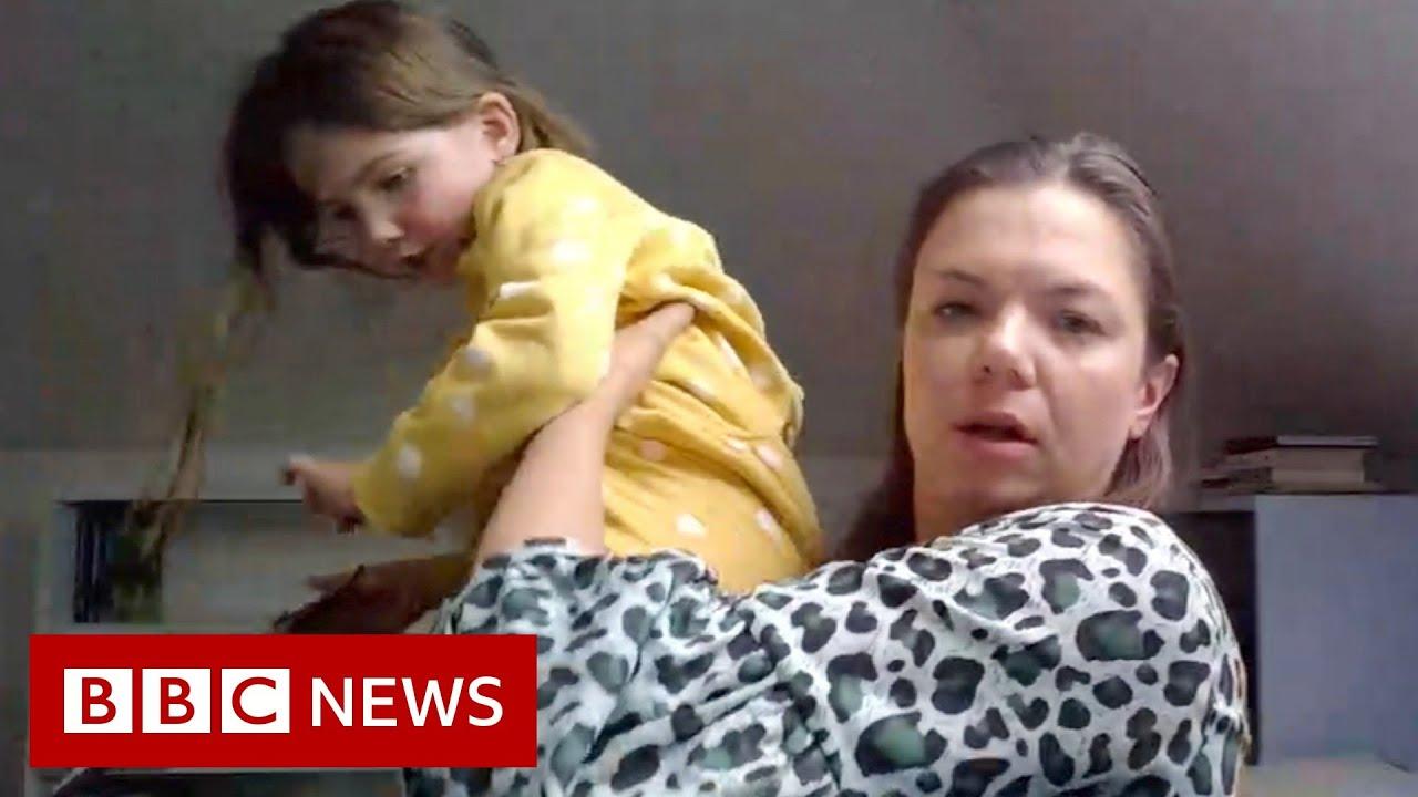 Child interrupts BBC News interview - BBC News