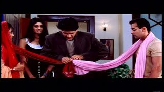 Pooja Batra Rehearses for her Screen Test with Salman & Rani (Kahin Pyaar Na Ho jaye)