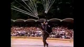 Chávez en Acto de los Paracaidistas 04-Feb-1999-MICRO