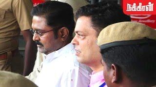 ராஜாஜி பவனில் டிடிவி.தினகரன் ? Delhi Police Bring TTV Dinakaran to Chennai Rajaji Bhavan