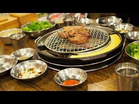 ร้านปิ้งย่าง Kang Ho Dong Baekjeong Korean BBQ at Myeongdong