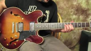 How to Jump into a Guitar Solo (Cool Pentatonic Trick)