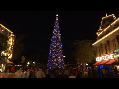 Main Street USA Christmas decorations at Disneyland 2015