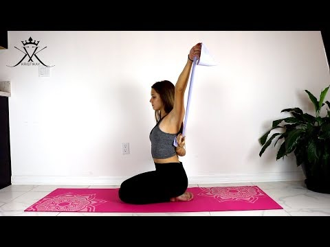 Shoulder and leg exercises with a theraband !