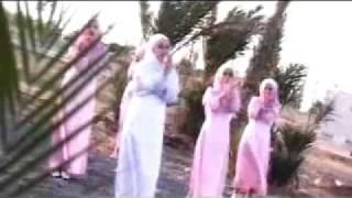 Arabic Naat by a Little Girl.flv