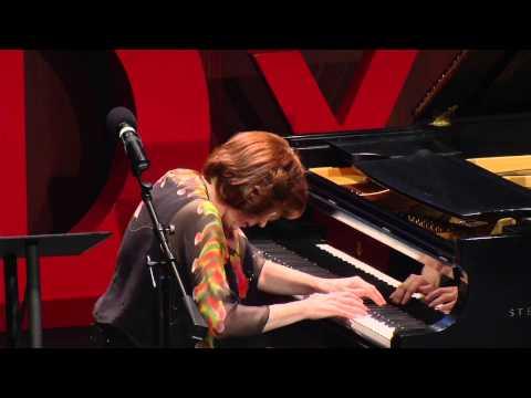 Overcoming stage fright   Linda Apple Monson   TEDxGeorgeMasonU