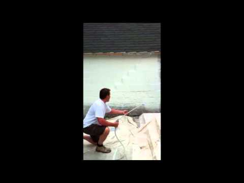 How to spraypaint a concrete wall