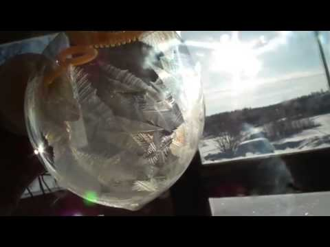 Blow Bubble In Freezing Temperature! Epic Awesome Video!