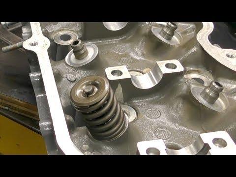 Four stroke outboard cylinder head rebuild
