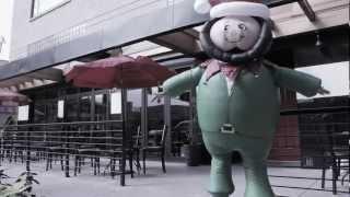 Balloonapalooza Teaser - Elfy Takes To The Streets!