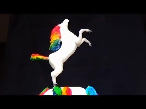 Rainbow horse cake figurine. Cake figurines. Cake decorating figurines. Fondant cake decorating.