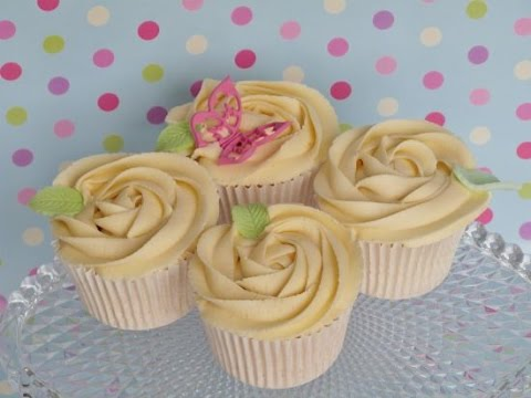 How to pipe a rose swirl by mrs bakers cake school