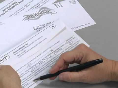 [SPANISH] Filling Out Mail-In Absentee Ballot