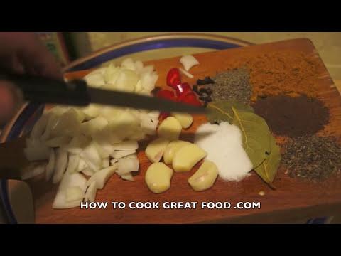 Jamaican Roast Chicken Recipe with Spicy Tomato Gravy Sauce