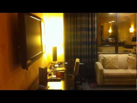 Upgrade Your LAS VEGAS Room Trick (Hotel In Video Is Luxor)