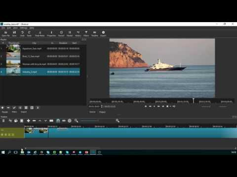 Insert a space between clips in the Shotcut timeline