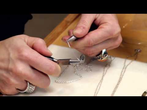 How to Make a Wire Wrap Necklace : Introduction to Wire Wrap Jewelry