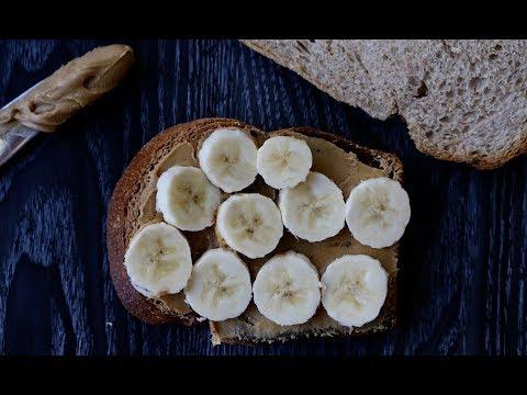 Quick Breakfast with Banana Peanut Butter Sandwich