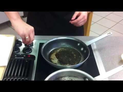 Balsamic Red Wine Reduction Steak Sauce