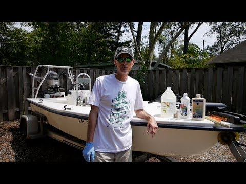 Cleaning Fishing Stains off Fiberglass using a Vinegar Solution