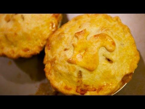 Thanksgiving Leftovers Recipe: Turkey Pot Pies
