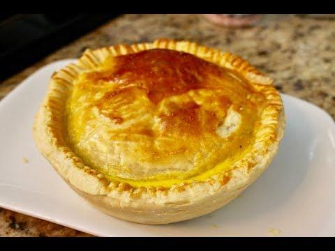 Foodie Fridays | Australian Meat Pies
