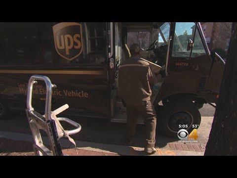 UPS Hiring For Seasonal, Permanent Positions