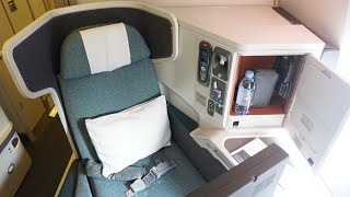 Best Commercial Flight in North America · Cathay Pacific Business Class Vancouver to New York