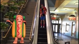 Everybody Loves The SNAPCHAT HOT DOG, Except WALL STREET! | What