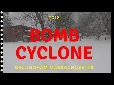 Winter Blizzard ~ Bomb Cyclone hits Bellingham Massachusetts ~ January 4, 2018