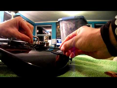 How to Re-String A Floyd Rose Guitar! (+Proper Cleaning)